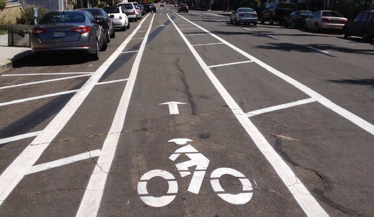 buffered bicycle lane.JPG